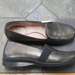 Dansko 39 slip on metallic loafers